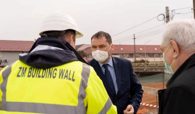 🇭🇺 🇷🇴 ↓  Varsolcon a polgármesteri hivatalt újítják, Szilágysámson új víz- és szennyvízhálózattal gazdagodik, Krasznán új óvoda épül. #HajráHelyiKözösségek