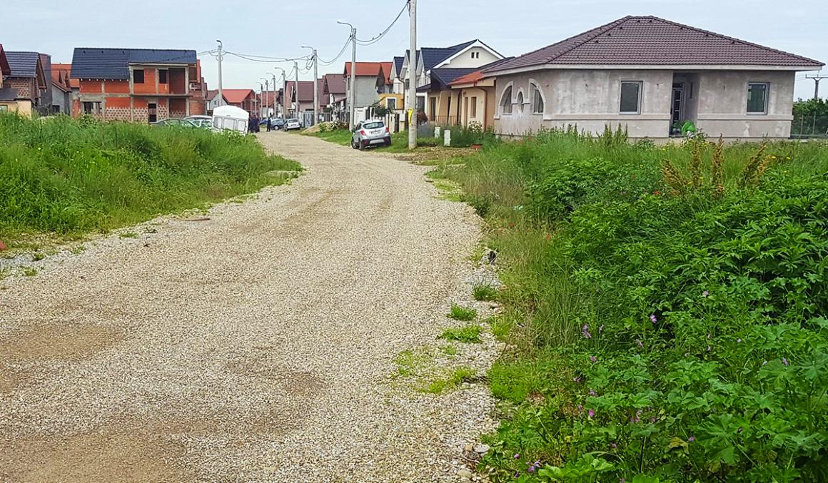 RMDSZ: lehetőséget biztosítanánk az önkormányzatoknak arra, hogy karbantarthassanak a magánterületeken áthaladó utcákat