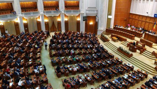 Döntött a képviselőház is: a parlament határozza meg a parlamenti választások dátumát