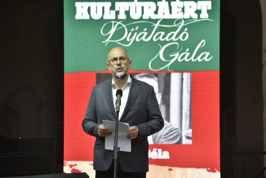 Kelemen Hunor ünnepi beszéde a 9. Erdélyi Magyar Kortárs Kultúráért Díjak átadó ünnepségén