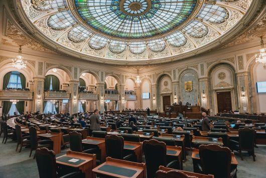 Nem szavazta meg az RMDSZ szenátusi frakciója a Claudiu Năsui gazdasági miniszter ellen benyújtott egyszerű indítványt