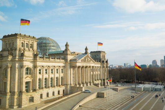 A Bundestag határozatban kéri az Európai Bizottságtól a Minority SafePack elfogadását