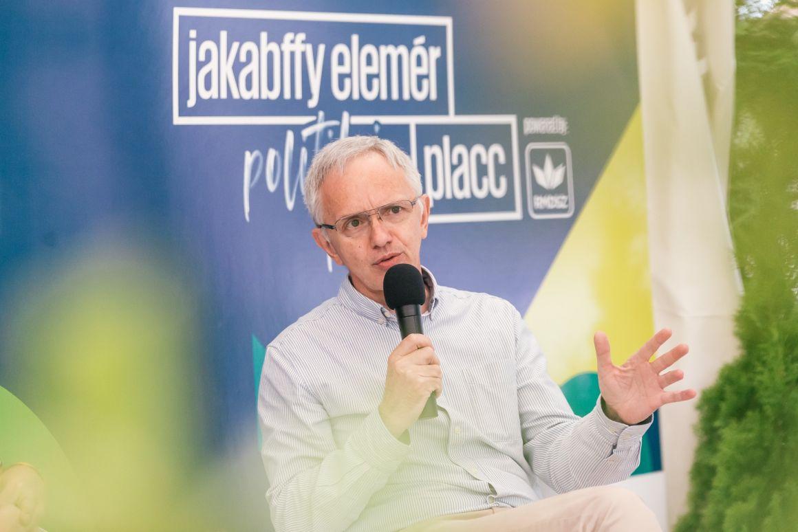 Székely István: A román pártok között verseny folyik arról, ki nagyobb hazafi, ennek pedig a magyarellenesség a mércéje