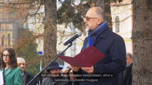 Azt akarjuk, hogy minden településen, ahol a lakosság egytizede magyar, lehessen magyarul is hivatalos ügyeket intézni