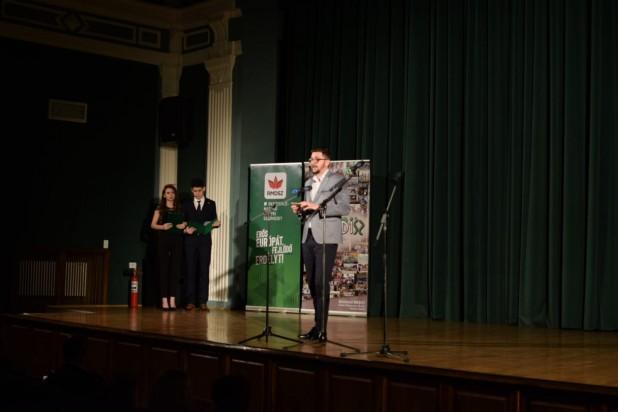 Oltean Csongor április elsején sem viccelődött Besztercén