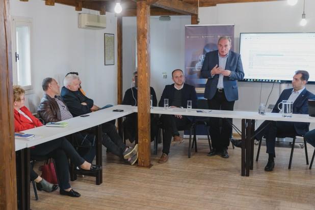Winkler:feladatunk biztosítani avállalkozóknakés az önkormányzatoknaka gyarapodás lehetőségét