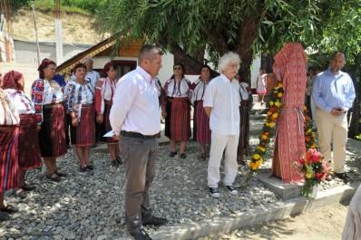 Szigetek a csángó közösségek Moldvában – Kelemen Hunor szövetségi elnök Magyarfaluban