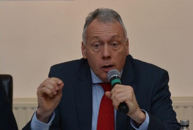 Borbély László: nem elég elméleti szinten megfogalmazni a kisebbségi kérdésekre vonatkozó megoldásokat