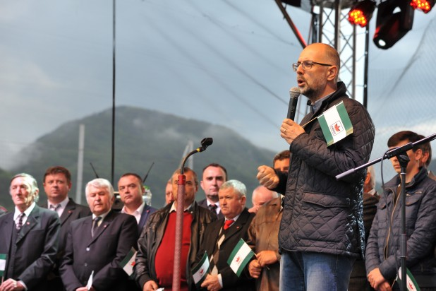 Többen és többet tenni a magyar közösségért – Kelemen Hunor szövetségi elnök a Fehér megyei jelöltek bemutatkozásán