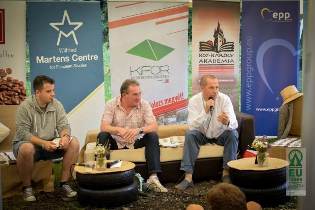 Olyan Európát szeretnénk, ahol erdélyi magyarként, mi is otthon érezhetjük magunkat − Winkler Gyula és Sógor Csaba, az RMDSZ európai parlamenti képviselői az EU Táborban