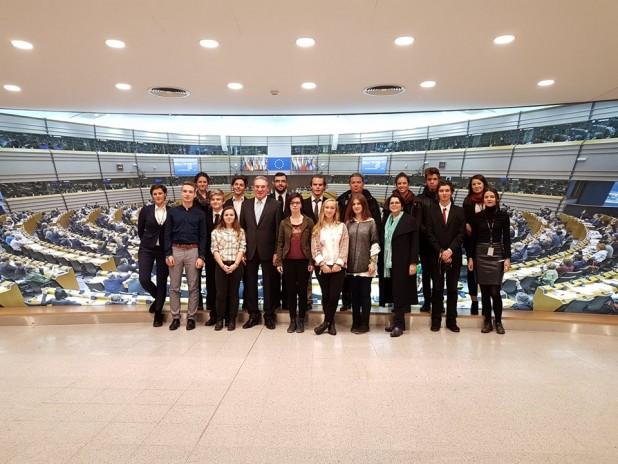 Egymást erősíti a helyi és európai identitás