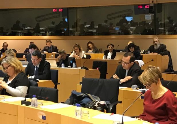 Bátorítani kell az anyanyelvhasználatot az Európai Unióban