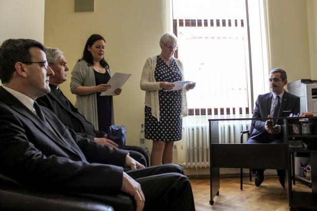 Megnyitotta szenátori irodáját Nagyváradon Derzsi Ákos