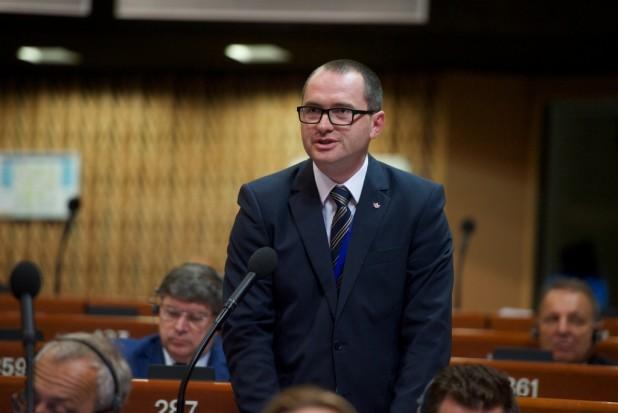 Korodi Attila: az Európa Tanácsnak állást kell foglalnia Ukrajna új oktatási törvényéről, és elemeznie kell az anyanyelven történő oktatáshoz való hozzáférést szerte Európában