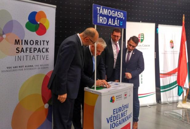 Kelemen Hunor a MÁÉRT sajtótájékoztatóján: arra kérjük a magyarországi pártokat, segítsék a MSPI aláírásgyűjtését