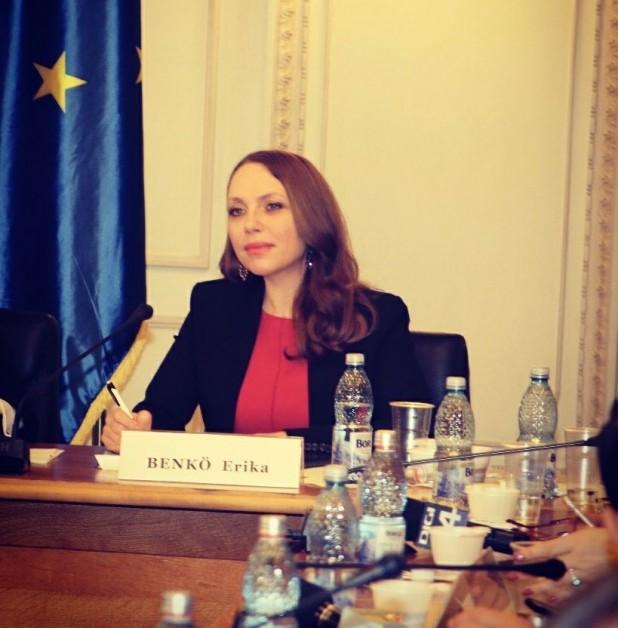 Benkő Erika: Romániában az etnikai másság elutasítása megnehezíti a kisebbségbarát törvények elfogadását