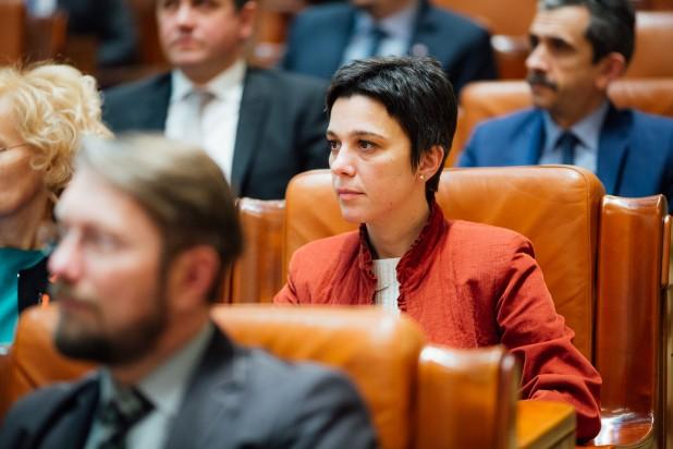 Csép Éva Andrea: sürgősen növelni kell a szociális szolgáltatásokra kiszabott állami támogatások összegét