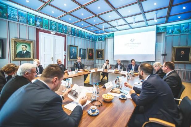 A történelmi magyar egyházak vezetői tájékoztatták az ENSZ kisebbségügyi különmegbízottját az ingatlanvisszaszolgáltatás problémáiról